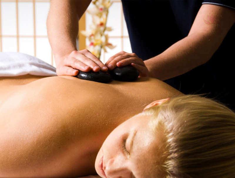 massage aux pierres chaude